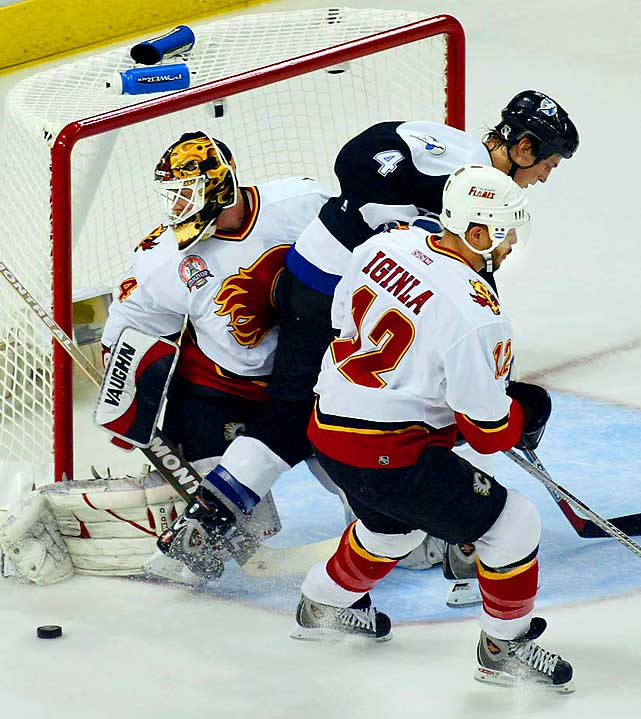 The sixth-seeded Flames, in their first playoffs since 1996, rode the hot goaltending of Miikka Kiprusoff and the hard-nosed leadership and scoring of Jarome Iginla to upsets of rival Vancouver (seven games), Detroit (six) and San Jose (six), becoming the first squad to oust three Western division-winners as well as the first Canadian team in 10 years to reach the Cup final. Against Tampa Bay, the Flames held a three-games-to-two lead at home before falling in seven.