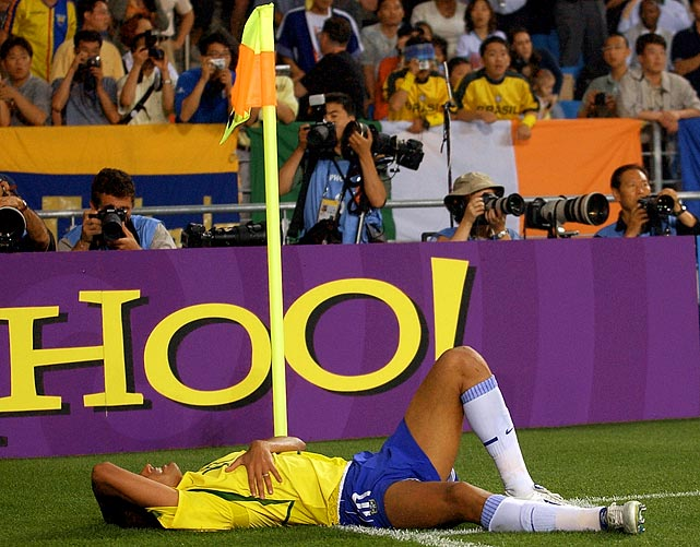 Brazilian star Rivaldo produced a fine piece of acting to pretend he got hit in the face when the ball only hit him on the foot.
