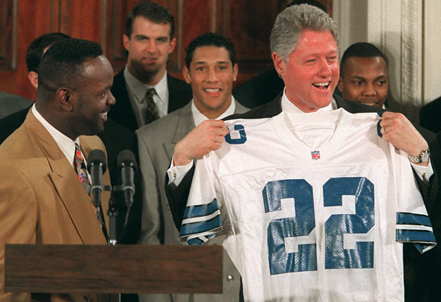 After winning his third and final Super Bowl, Smith and his teammates visited the White House.
