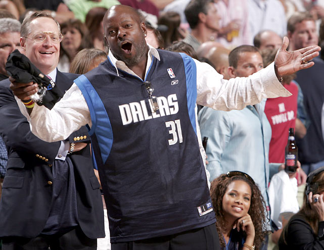 Smith's NBA allegiance remains in Dallas, where he cheered on the Mavs during a playoff game against the Spurs.
