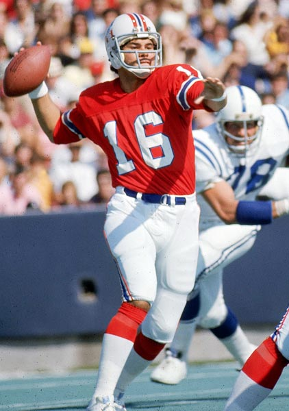 He was awful with New England but salvaged his career with the Raiders. With the Patriots, Plunkett completed less than half of his passes and threw 25 more picks than touchdowns. But he won two Super Bowls and posted a more respectable 80 touchdowns against 81 interceptions with the Raiders. He is the only Hall of Fame-eligible QB to win two Super Bowls and not be inducted.
