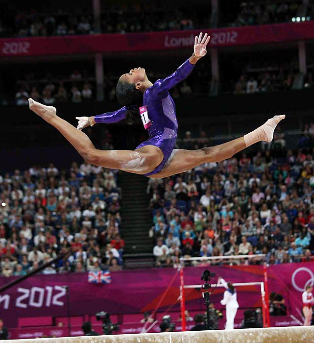 Gabby Douglas rallied from a disappointing balance beam routine earlier in 2012, learning from her mistakes. The Flying Squirrel showed great form and stayed steady on the beam during women's gymnastics qualifications on day two in London.