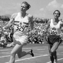 Both men finished the mile-long race in under four minutes, but it was Roger Bannister (left) who crossed first, ahead of John Michael Landy.