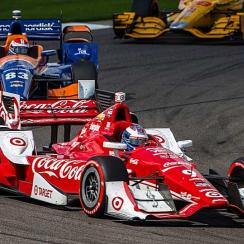 Scott Dixon, in the #9 red Chevrolet