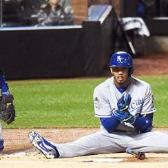 Alcides Escobar hit the dirt after a first-pitch fastball from Mets starter Noah Syndergaard.