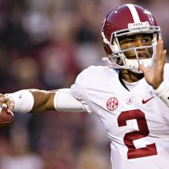 Jalen Hurts #2 of the Alabama Crimson Tide throws a pass during a game against the Arkansas Razorbacks at Razorback Stadium on October 8, 2016 in Fayetteville, Arkansas. (Photo by Wesley Hitt/Getty Images)