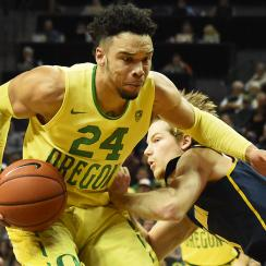 Dillon Brooks #24 of the Oregon Ducks drives to the basket on Grant Mullins #3 of the California Golden Bears in the first half of the game at Matthew Knight Arena on January 19, 2017 in Eugene, Oregon. (Photo by Steve Dykes/Getty Images)
