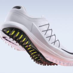 The Nike Lunar Control Vapor golf shoe will be available starting on November 22.