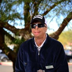 Jason Schechterle, a retired Phoenix police officer, survived a car accident to become a scratch golfer and a member of the Thunderbirds, the charity organization that runs the Phoenix Open.
