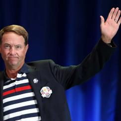 Davis Love III addresses the crowd at Medinah on Sept. 30, 2012, after Europe defeated the USA 14.5 to 13.5 to retain the Ryder Cup