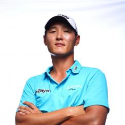 New Zealand native Danny Lee seems to have it all at just 25.