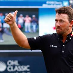 Graeme McDowell of Northern Ireland celebrates on the 18th hole green after winning the three man playoff in the final round of the OHL Classic at the Mayakoba El Camaleon Golf Club on November 16, 2015 in Playa del Carmen, Mexico.