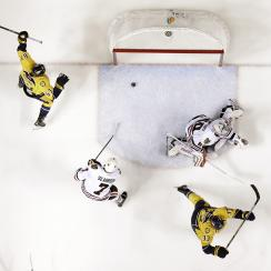Nashville Predators center Colin Wilson (33) celebrates after scoring his second goal of the game against Chicago Blackhawks goalie Corey Crawford (50) in the first period of Game 1 of an NHL Western Conference hockey playoff series Wednesday, April 15, 2