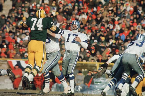 You Drive Defensively When You >> Dan Reeves Remembers the Ice Bowl: 1967 Cowboys-Packers NFL title game | The MMQB with Peter King