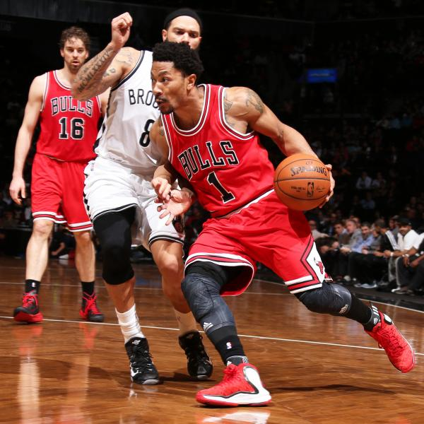 Chicago Bulls implementing Derrick Rose into lineup at ...