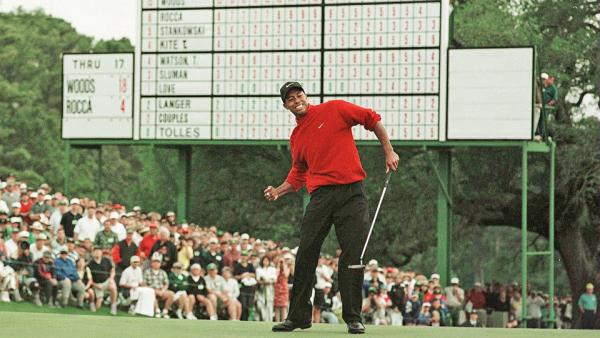 tiger woods wins the 1997 masters by 12 shots