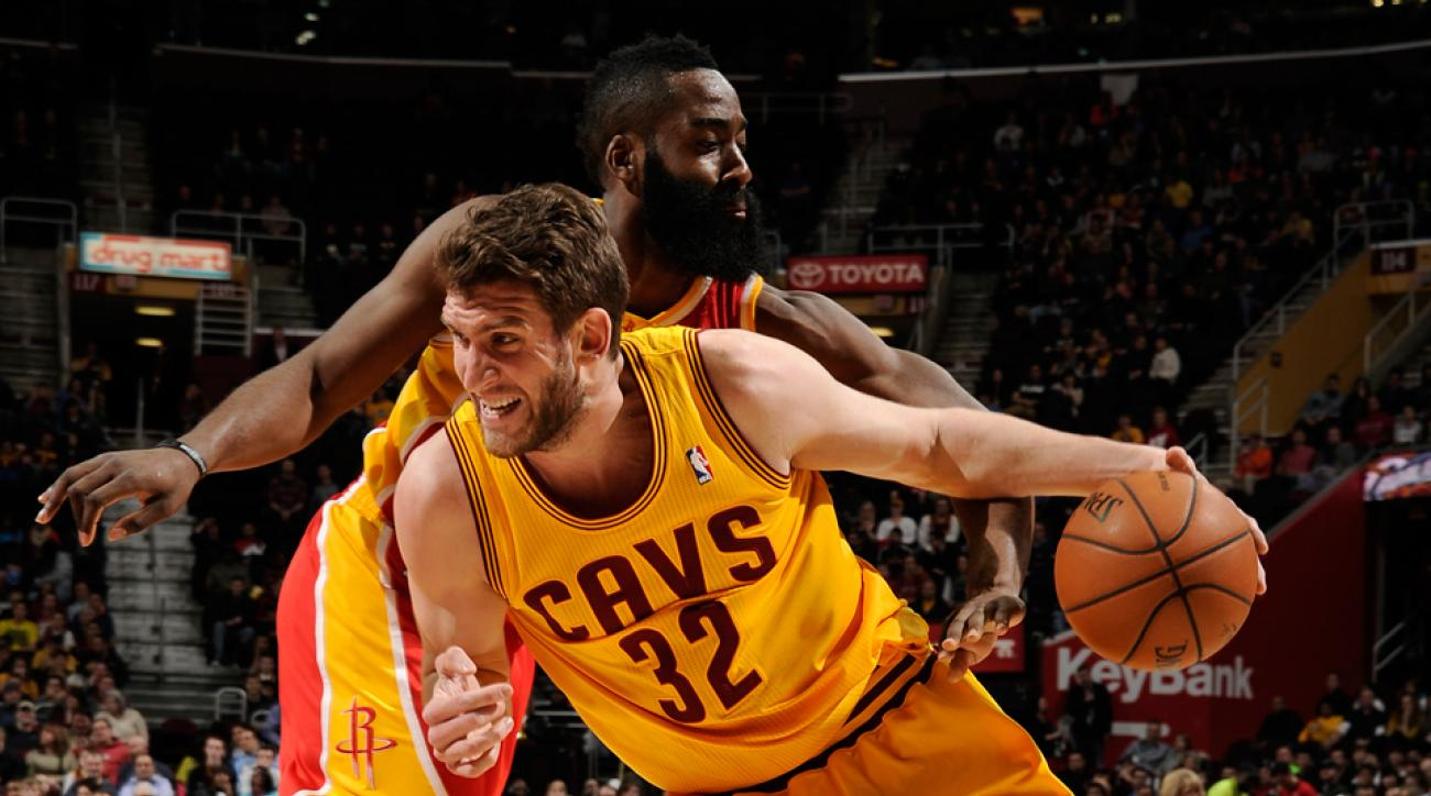 Spencer Hawes averaged 13.2 points and 8.5 rebounds for the Sixers and Cavaliers last season.