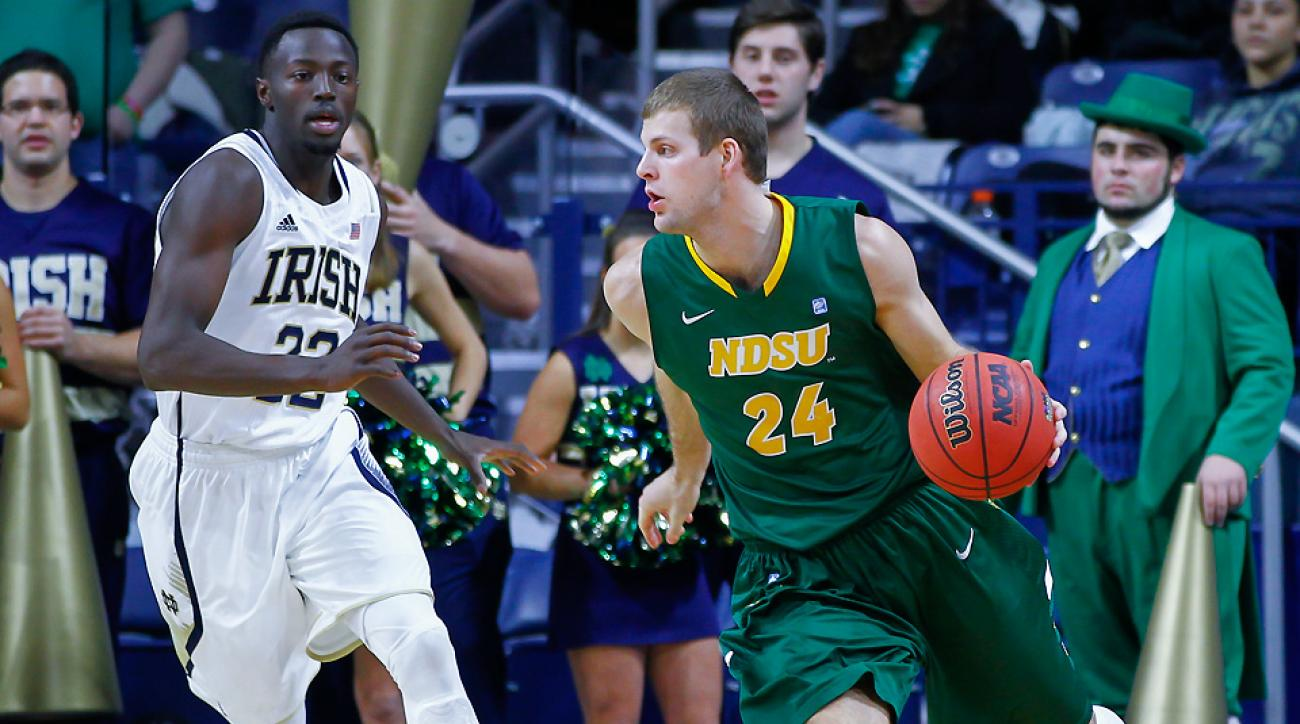 Taylor Braun (R) averaged 17.6 points and 5.5 rebounds a game for the Bison in 2013-14.