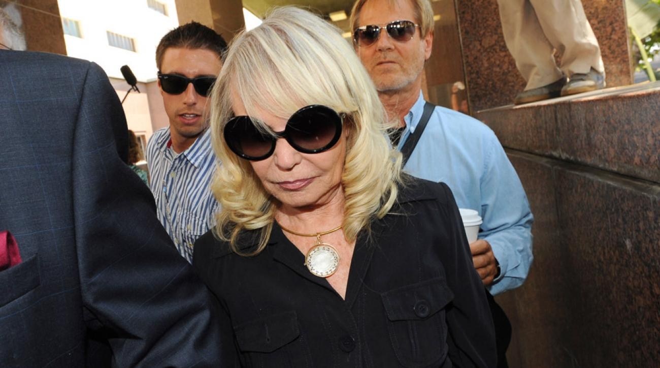 On Day 4 of the Sterling family trust hearing, Shelly Sterling called her husband's behavior erratic and emotional.