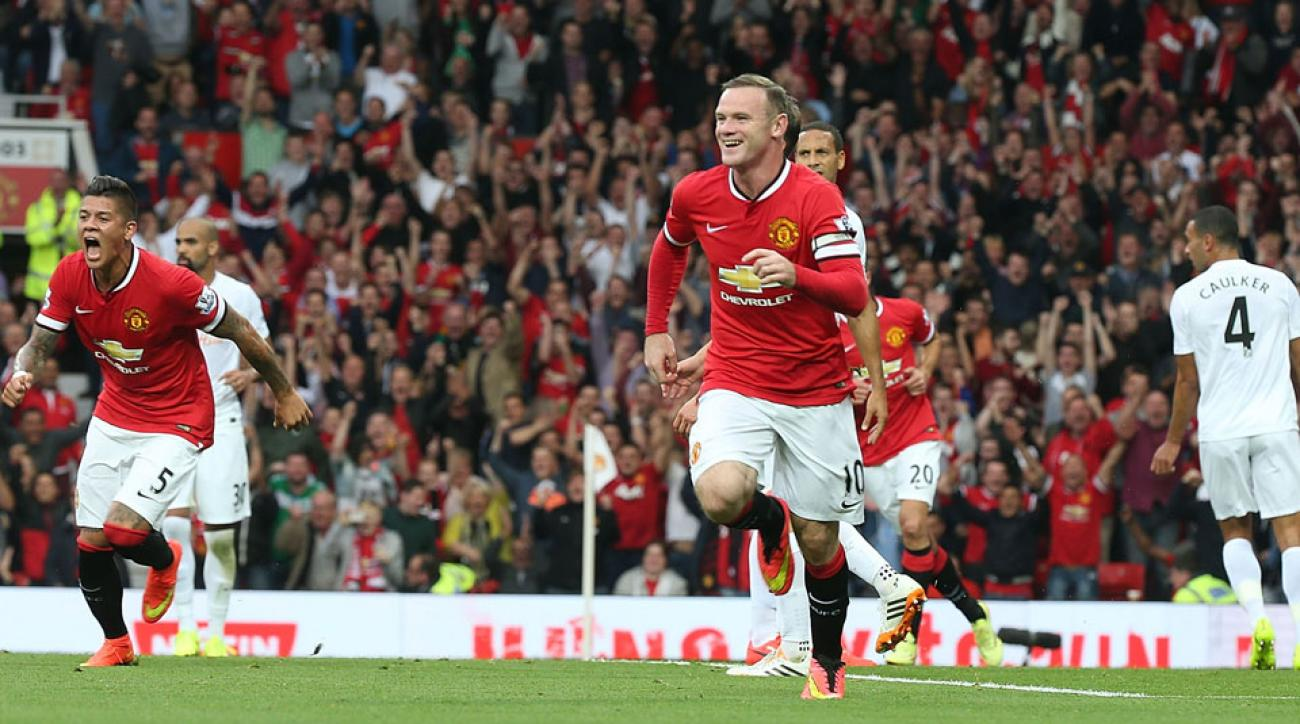 Wayne Rooney scored along with three others as Manchester United rolled over QPR at Old Trafford on Sunday.