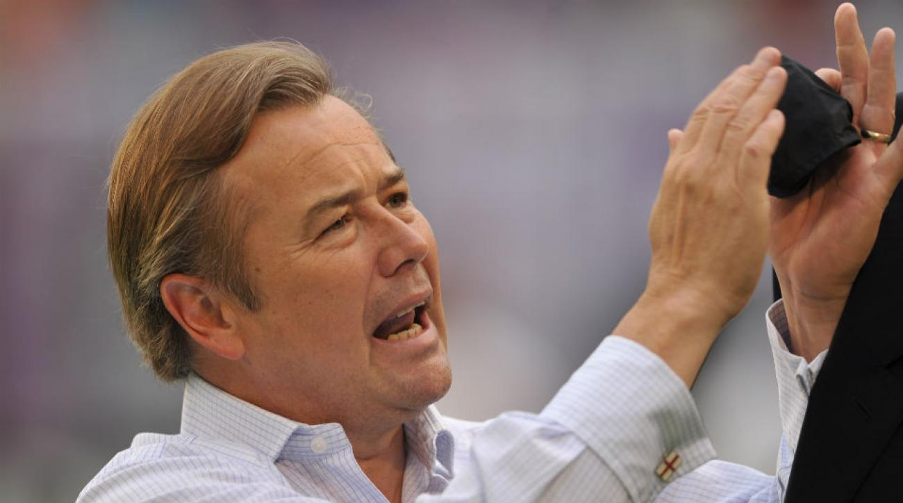 Adrian Heath has signed a contract extension to remain Orlando City's manager through 2017.