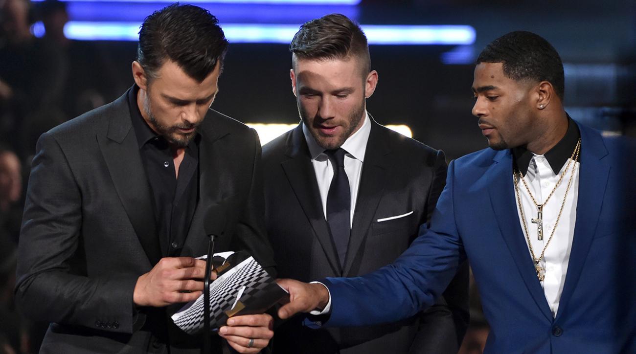 Patriots' Malcolm Butler makes interception at Grammys