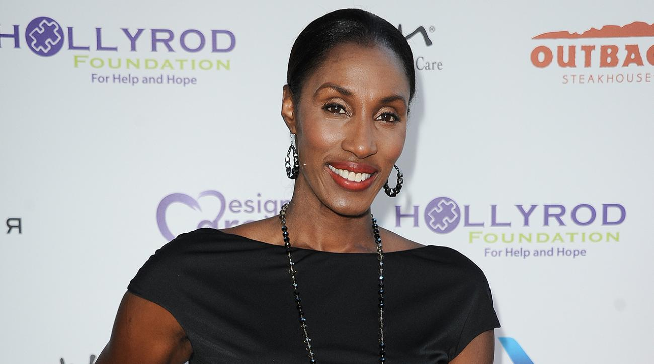 lisa leslie, 2015 basketball hall of fame, lisa leslie 2015 basketball hall of fame, 2015 basketball hall of fame lisa leslie, wnba, 4-time olympic gold medal winner, 3-time MVP