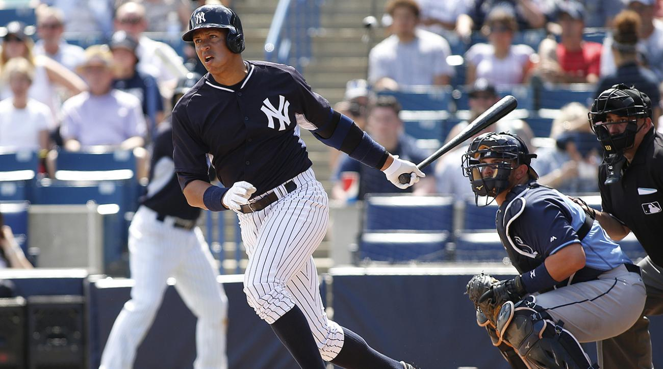 Alex Rodriguez playing through bone bruise