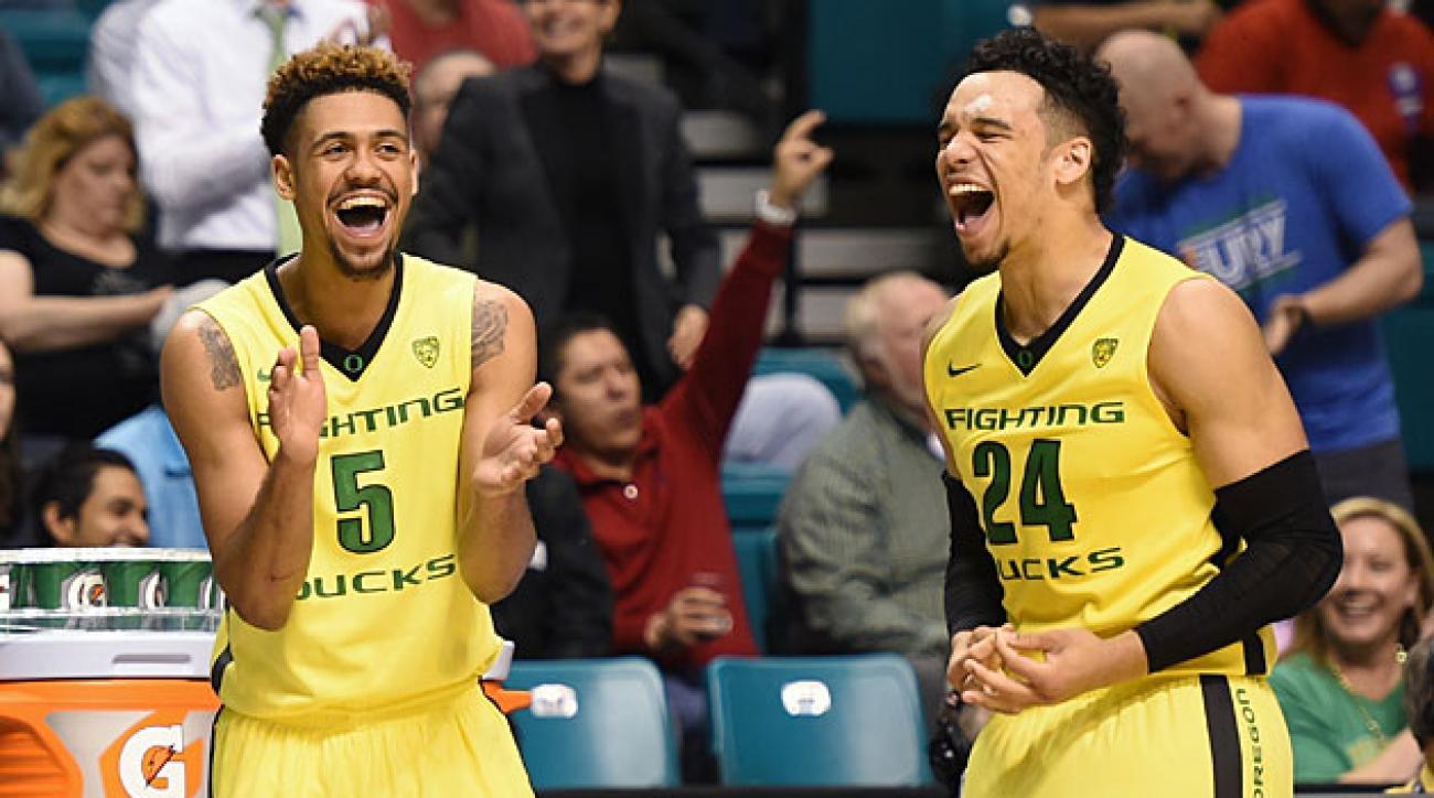 Tyler Dorsey (left) and Dillon Brooks