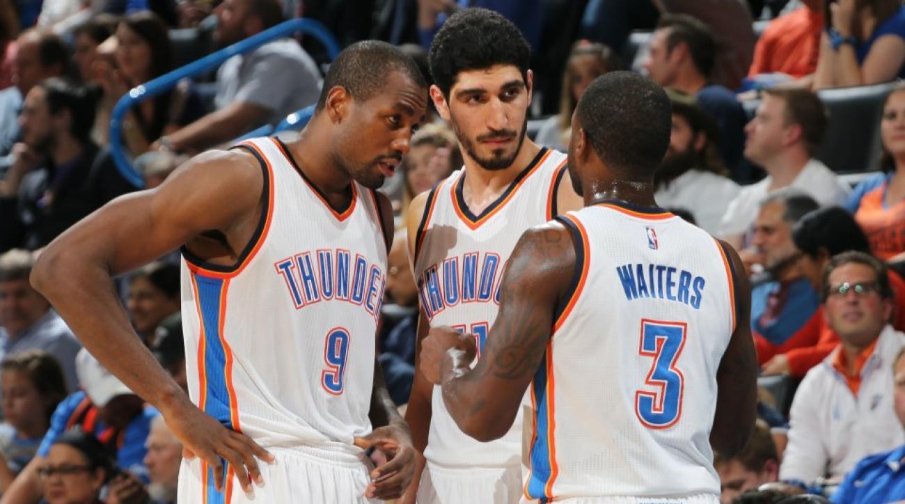 Oklahoma City Thunder discuss za'atar bread during a game, probably