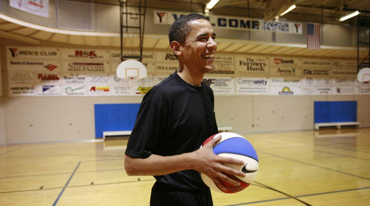 Barack Obama stopped at local YMCA in Illinois to squeeze in some hoops during his presidential campaign in 2007.