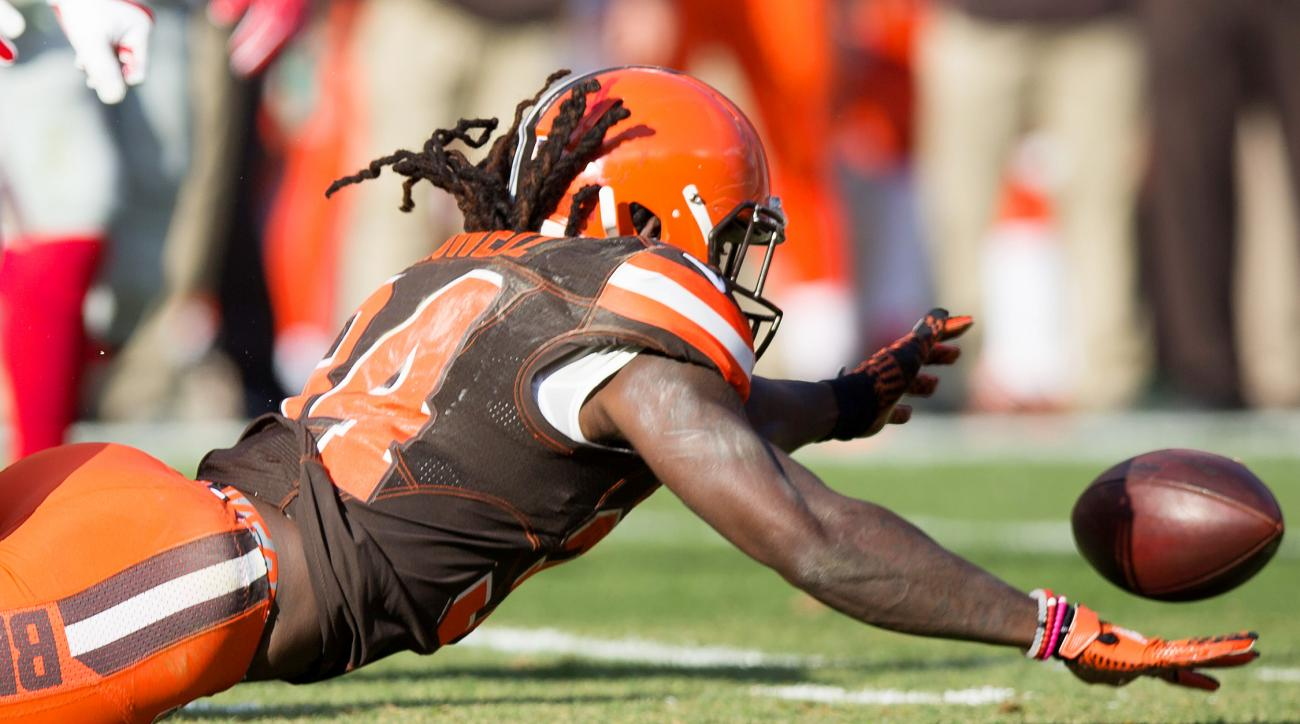 The Browns have four chances left to avoid an 0–16 record and NFL infamy. A win, though, and they could lose their grip on the No. 1 pick because they have played a more difficult schedule than San Francisco. (The NFL draft order tiebreaker favors the team with a worse strength of schedule.) Cleveland's best chance at victory may be its next game: Week 14, vs. the struggling Bengals. The Browns also could catch a break in Week 17, if the Steelers have sealed their playoff fate and thus clear the bench. Will Cody Kessler, Josh McCown or Robert Griffin III be the QB who tries to save Cleveland from a winless season? All three are working back from injury; all three are on track to be available for that matchup with the Bengals.