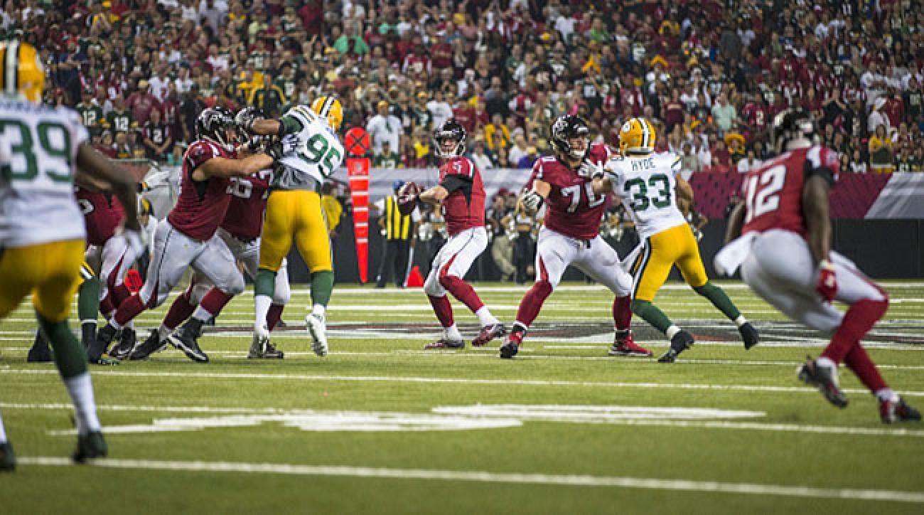 Atlanta Falcons quarterback Matt Ryan throws a pass against the Green Bay Packers in Week 8.
