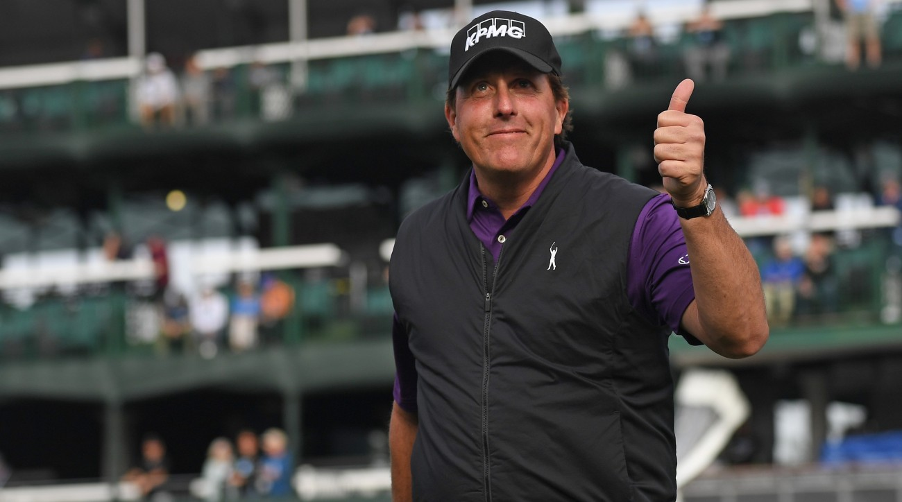 Phil Mickelson and his associates will own eight golf courses throughout Arizona.