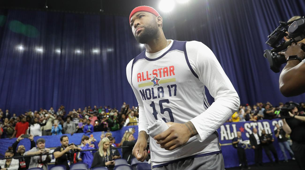 Carmelo Anthony canceled trip for 10th All-Star appearance, but he's enjoying it