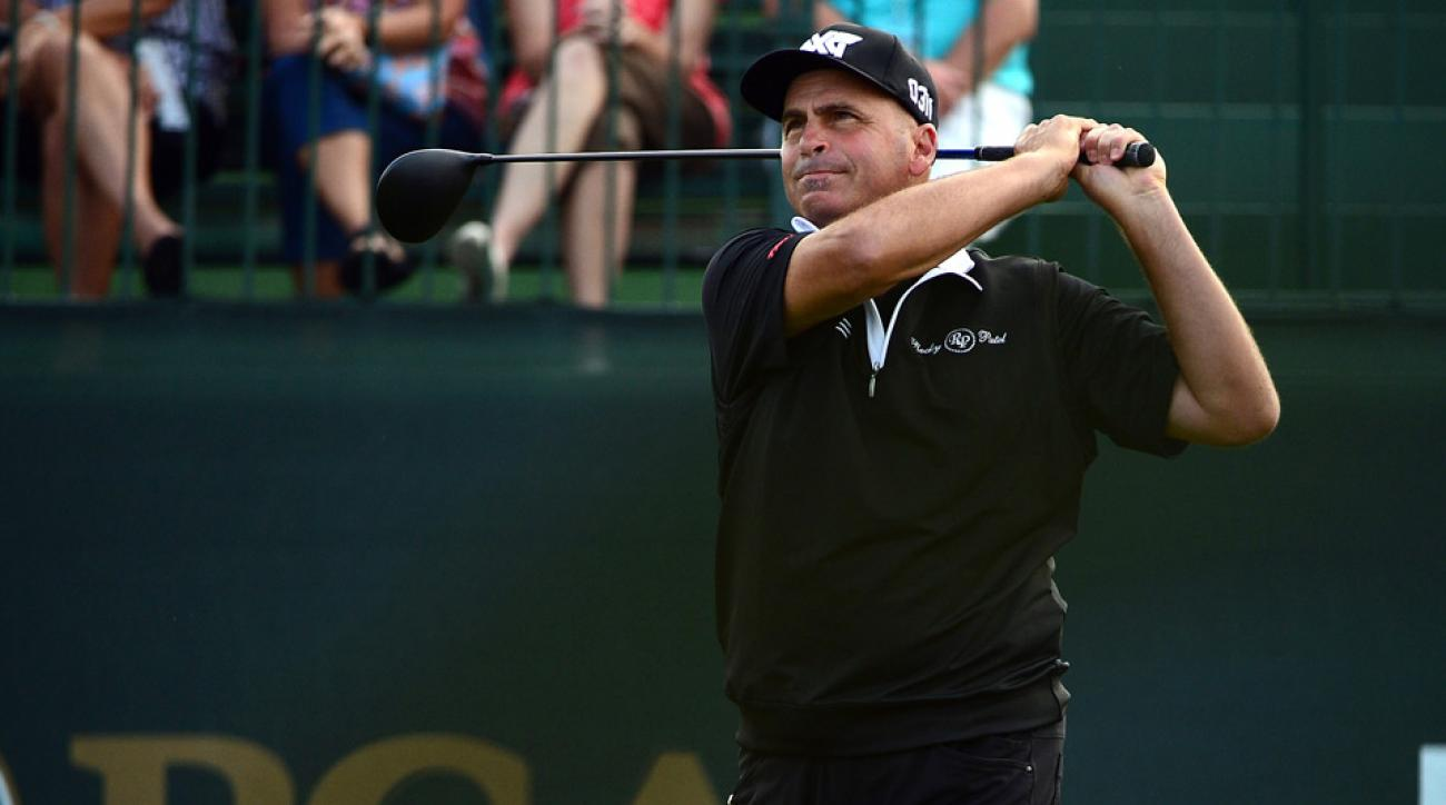 Rocco Mediate set a Senior PGA Championship record with a 62 in the first round.