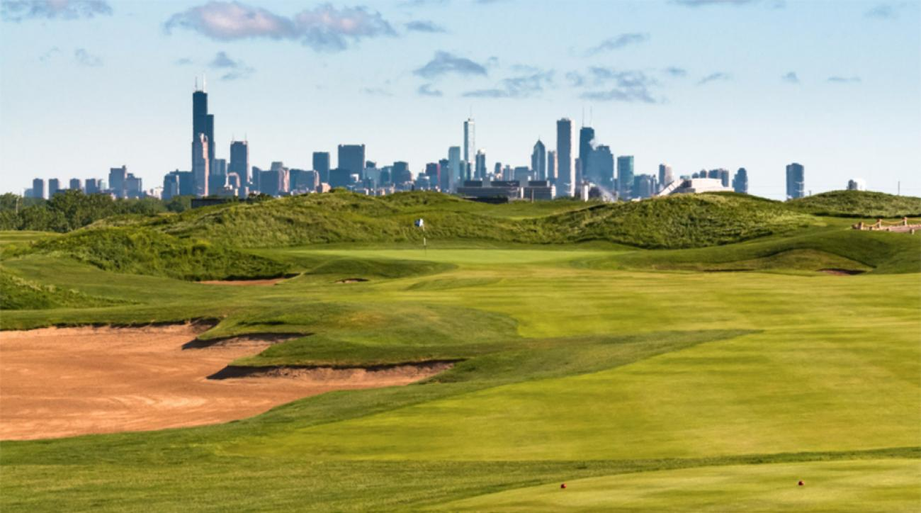 Harborside International Chicago has a stunning view of the downtown skyline.