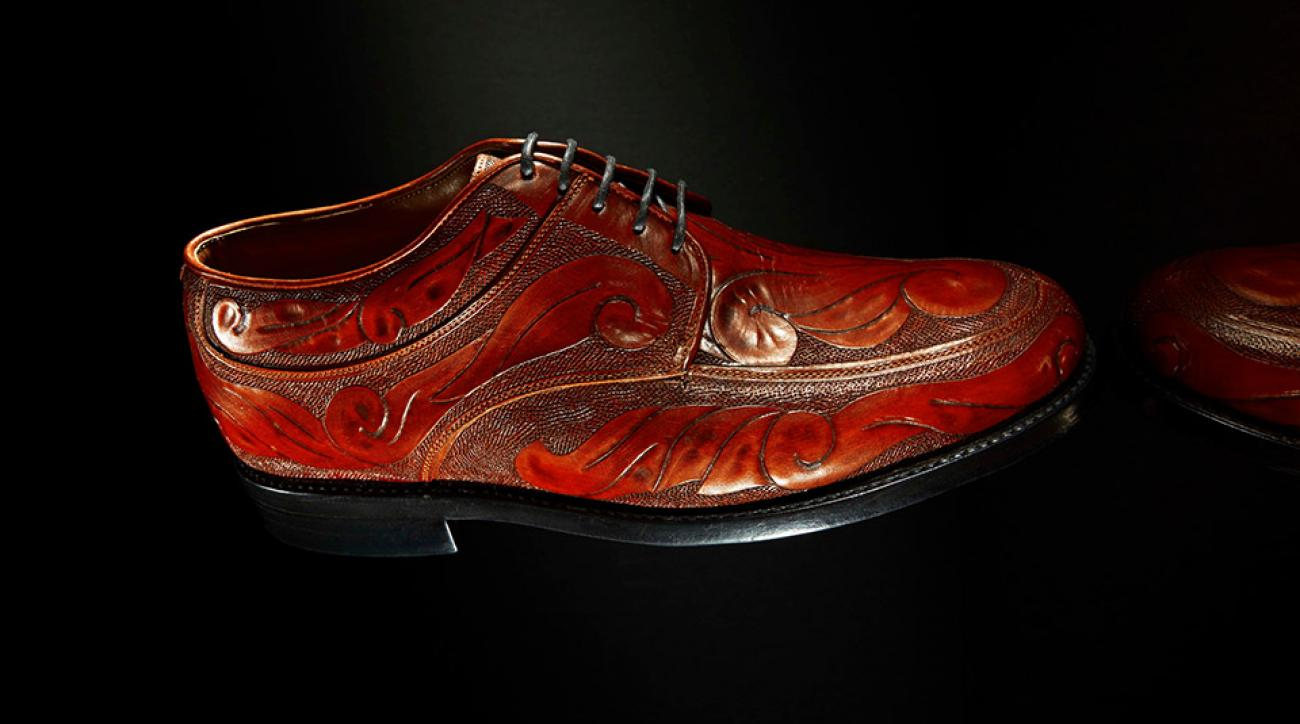 Custom-designed golf shoes from Par West feature the finest full-grain leathers and exotic skins.