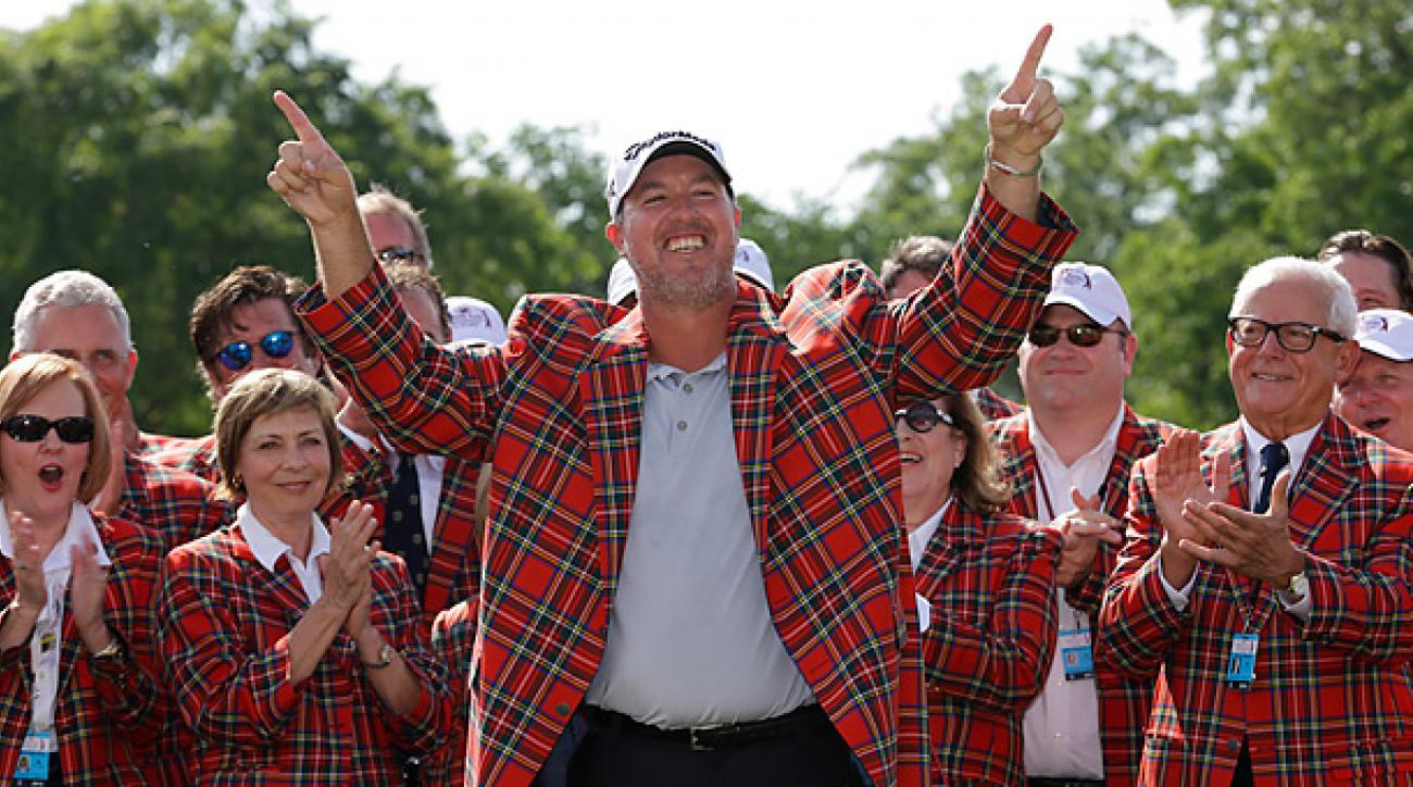 Boo Weekley never trailed at the Colonial after making birdies on holes 8-10 in the final round.