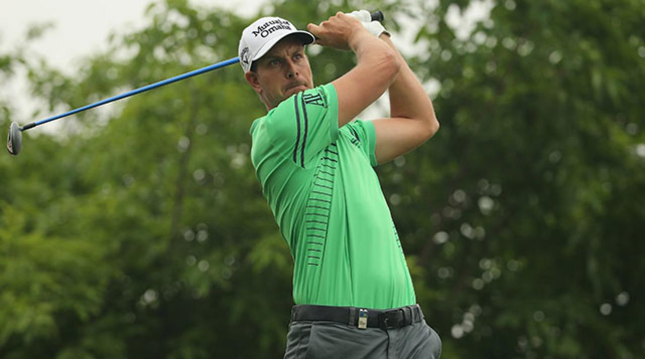 Battling the flu, Henrik Stenson fired an opening-round 71.