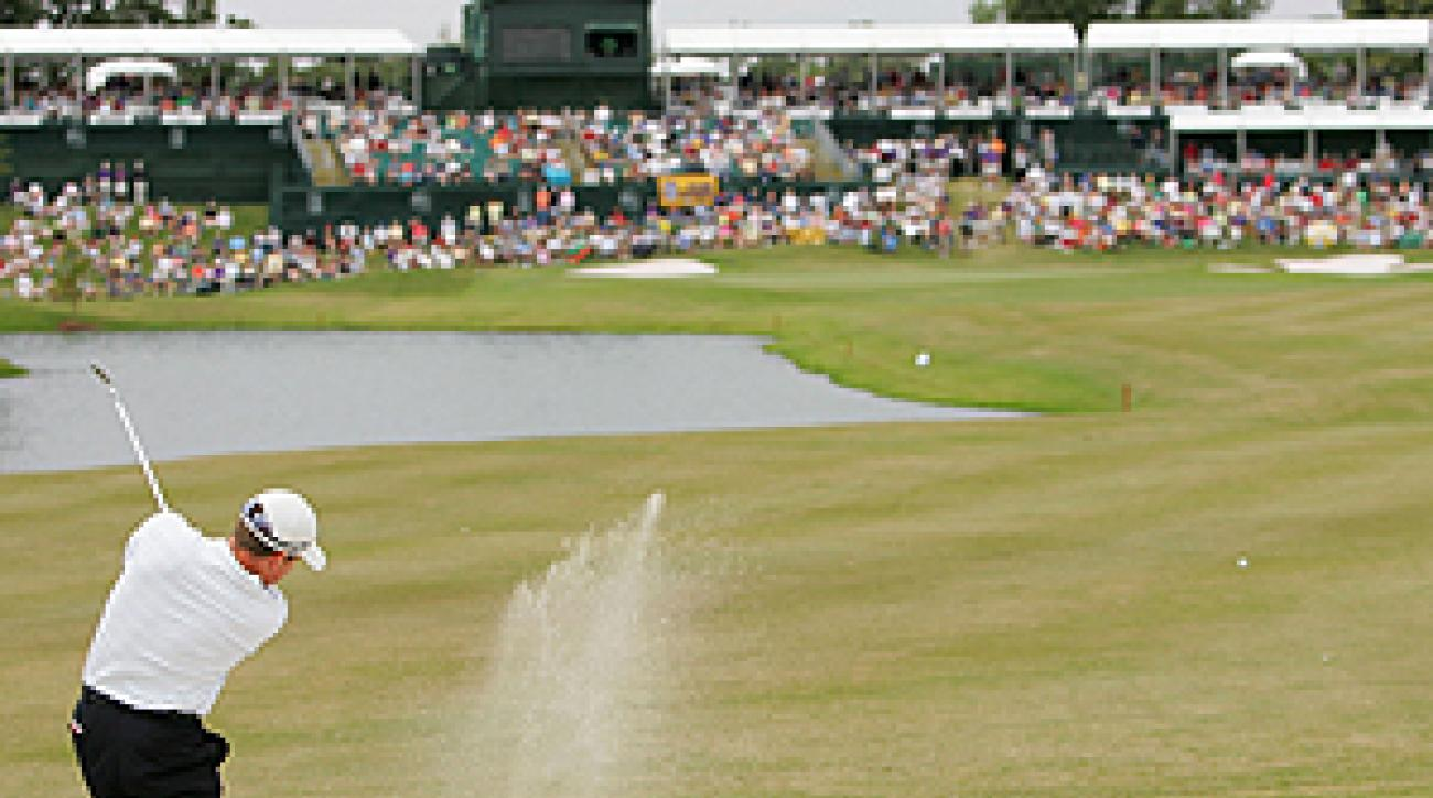 """Justin Leonard en route to winning the 2005 FedEx St. Jude Classic at TPC Southwind? <span class=""""picturesource"""">Getty Images</span>"""