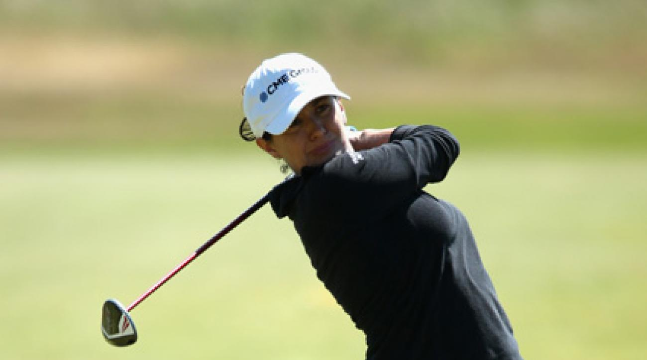 Mo Martin shot her second-straight 3-under 69 on Friday.
