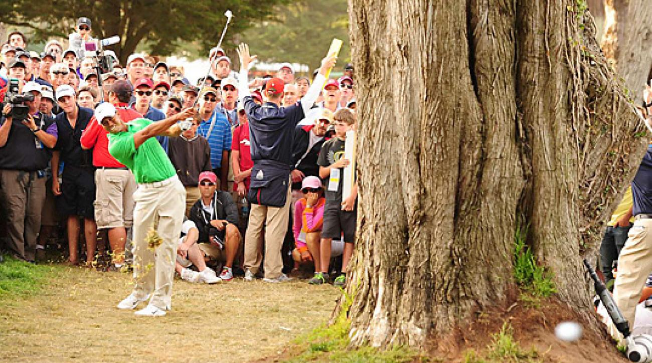 Tiger Woods made three birdies and two bogeys in his opening round.
