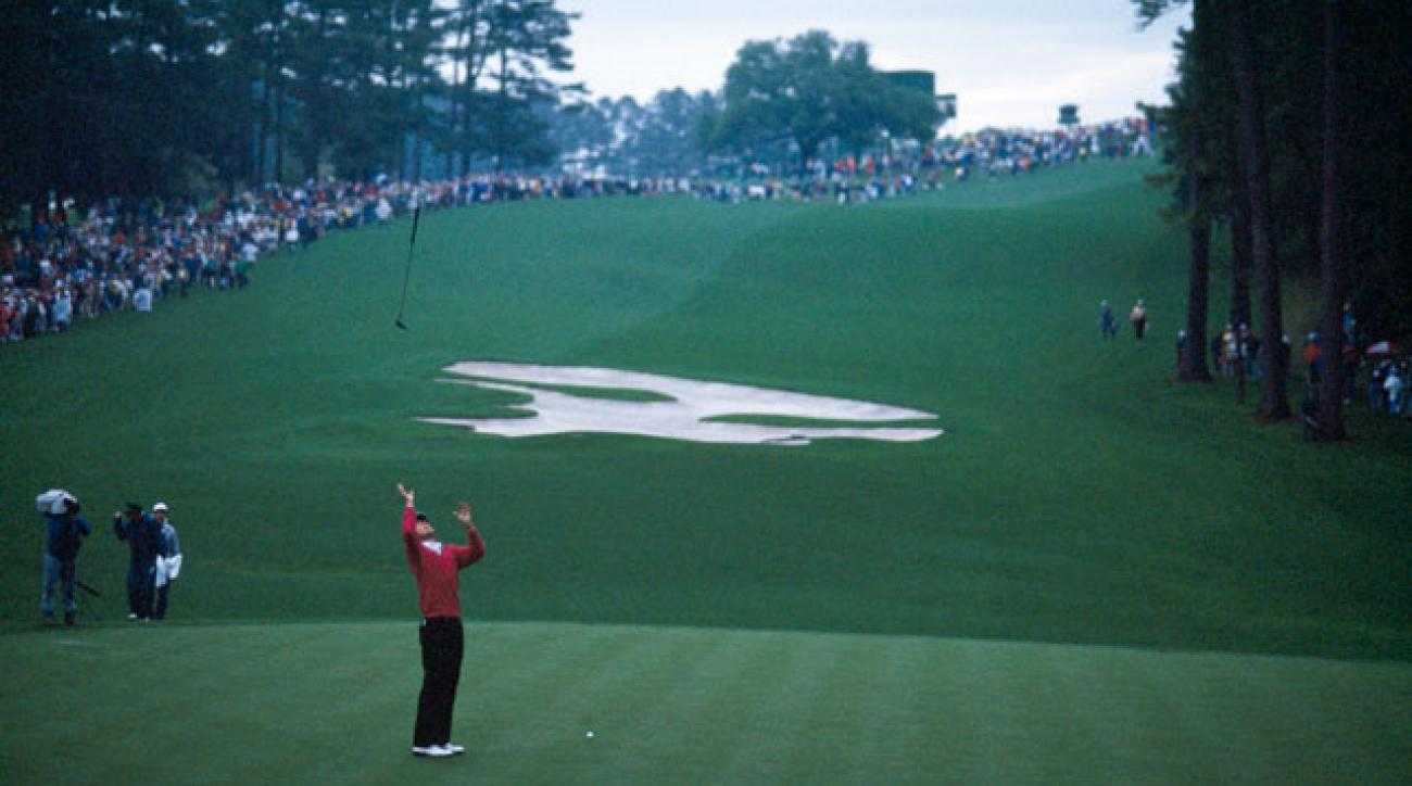 Scott Hoch reacts after missing his putt during a playoff at the 1989 Masters.