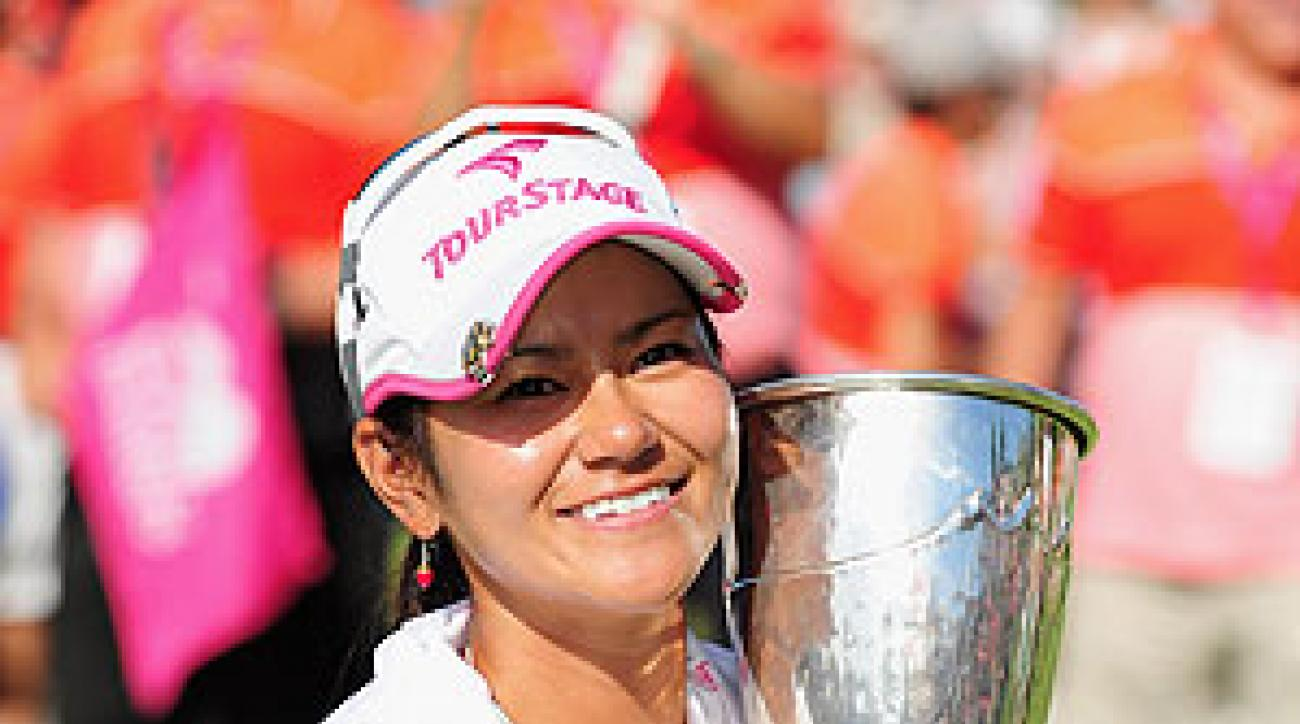 Miyazato birdied the first playoff hole to win.