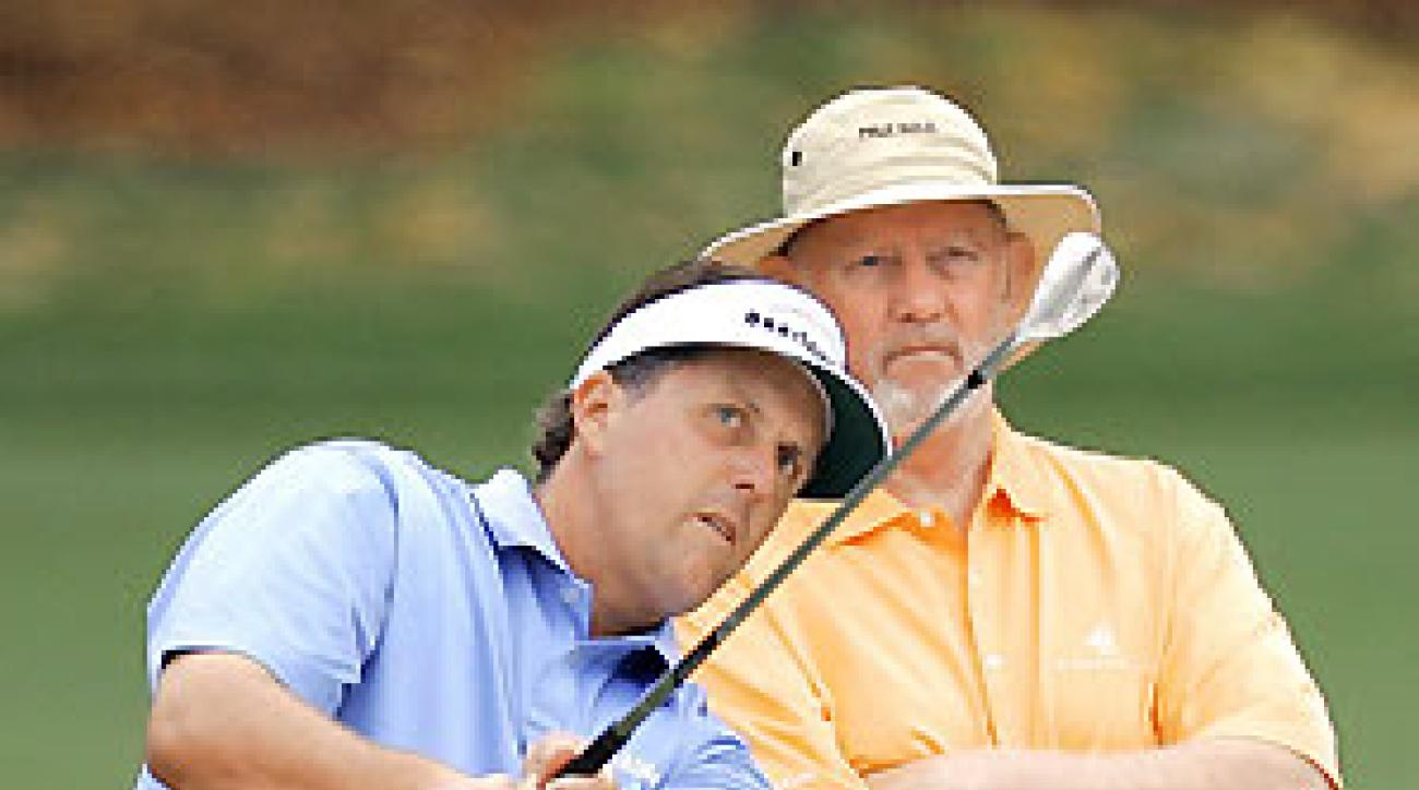 Much of Pelz's advice has to do with the makeup of Mickelson's bag for a particular course.