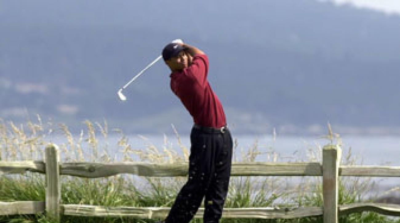 As Tiger Woods set a U.S. Open record for margin of victory, even fellow competitors jockeyed to take away a memory.