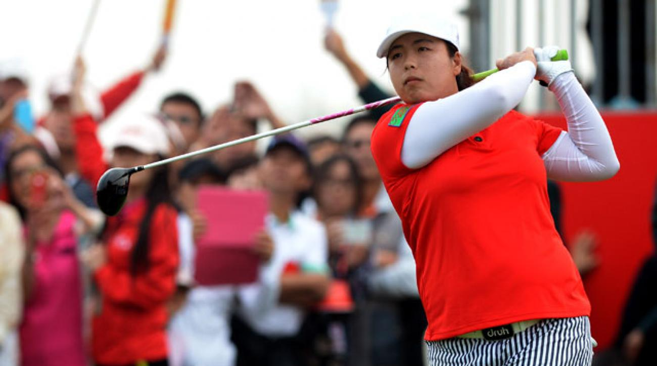 Shanshan Feng made six birdies and two bogeys.