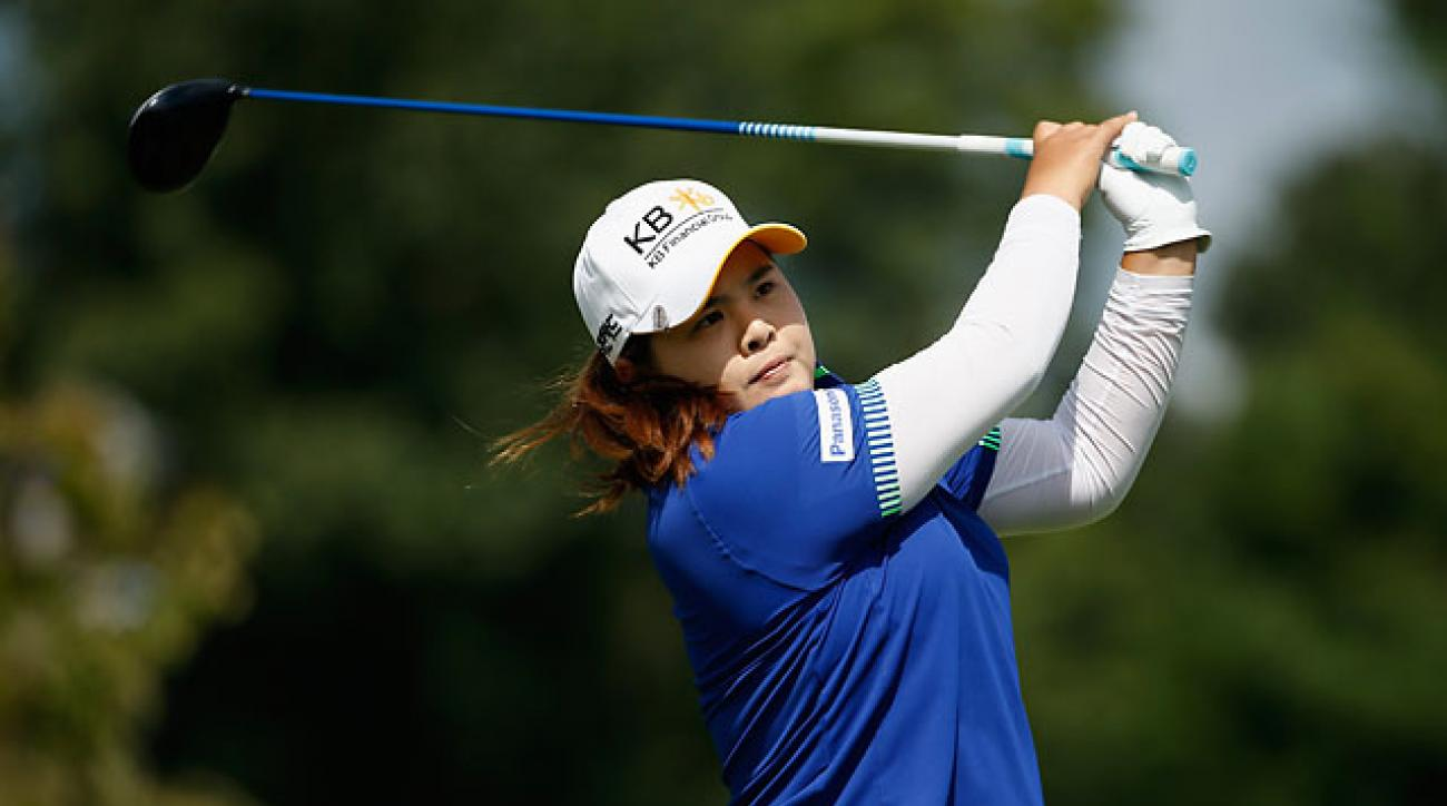 Inbee Park hits her tee shot on the second hole during the final round of the Wegmans LPGA Championship in Pittsford, N.Y.
