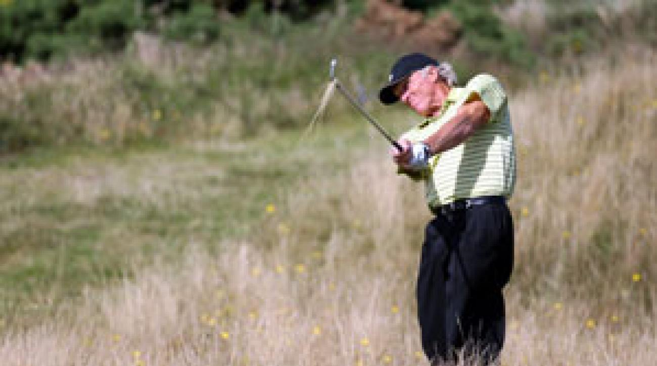 Greg Norman bogeyed five of his first eight holes.